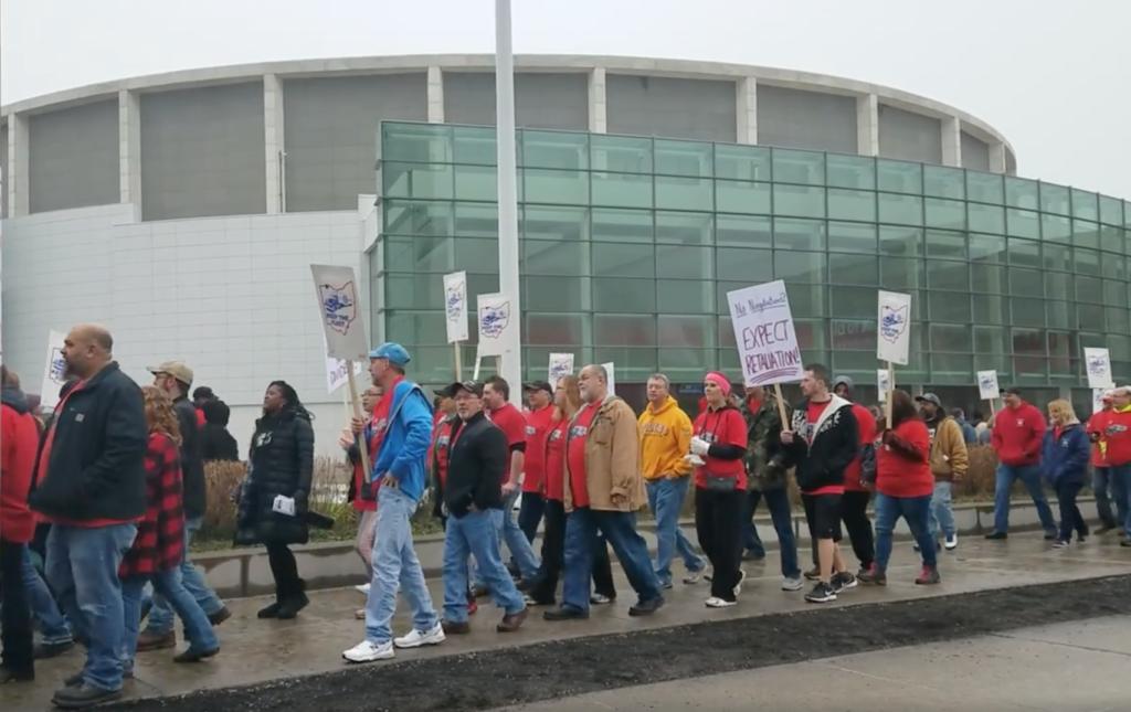Local 12 Auto Show Protesters